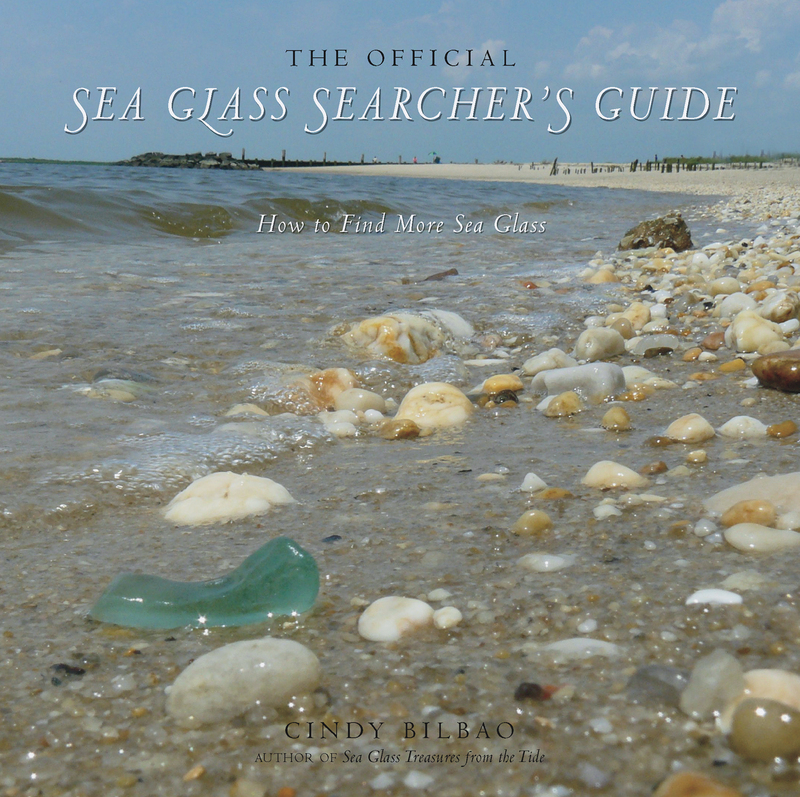 Book cover for The Official Sea Glass Searcher's Guide by Cindy Bilbao